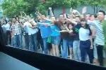Nhiếp ảnh gia Nhà Trắng tung video slow-motion người dân TP.HCM chào đón ông Obama