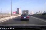Video: Xe biển xanh 'đánh võng' trên đường