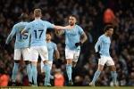Ngược dòng ngoạn mục, Man City tiếp tục bỏ xa Man Utd