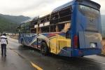 Tai nạn liên hoàn giữa 2 xe đầu kéo, xe khách và xe tải: Hầm Hải Vân ách tắc nghiêm trọng