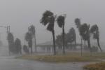 Video: Toàn cảnh siêu bão lớn nhất 50 năm qua tấn công Mỹ