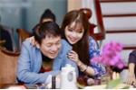 Vừa tố Ngọc Anh hét cát xê 10.000 USD, Phú Quang vui vẻ bên nàng thơ mới
