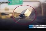 Clip: Xe tải đi bằng 2 bánh trên đường cao tốc như trong phim hành động