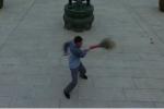Mãn nhãn xem người quét chùa Thiếu Lâm múa chổi như cao thủ võ thuật