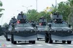 Xe bọc thép CSCĐ xuất hiện trên đường phố Hà Nội trước Hội nghị Mỹ - Triều
