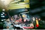 Ảnh: Lật xe buýt tại Ba Lan, hơn 50 người thương vong