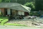 Hố tử thần liên tục nuốt chửng nhà ở Mỹ
