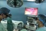 Việt Nam lần đầu tiên phẫu thuật thành công nội soi 3D treo tử cung