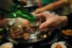 Uống rượu có thể gây biến đổi gen