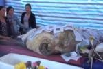 An táng cá Bà Bằng hiếm gặp, nặng gần nửa tấn ở Quảng Ngãi