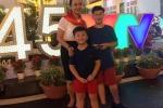 Anh doi thuong hanh phuc ben chong va hai con trai cua BTV Van Anh hinh anh 10
