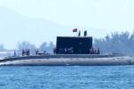 Cận cảnh tàu ngầm Kilo Khánh Hòa tiến vào quân cảng Cam Ranh