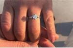 Người phụ nữ vứt nhầm nhẫn kim cương khiến 8 công nhân vệ sinh bới 13.000 tấn rác tìm kiếm
