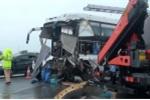 Tài xế xe khách đâm xe cứu hỏa trên cao tốc: 'Nếu đánh lái tránh xe cứu hoả nhiều người thương vong'