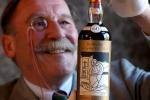 Video: Chai rượu whisky 60 năm tuổi cực hiếm, giá 25,5 tỷ đồng