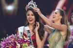 Video: Giây phút đăng quang của Tân Hoa hậu Hoàn vũ 2018