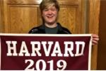 Nam sinh tốt nghiệp trung học và Đại học Harvard cùng lúc