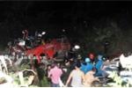 Xe khách Lào Cai lao xuống vực, hàng chục người chết