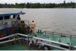 Sà lan đâm chìm tàu cát khiến hai mẹ con tử vong: Khởi tố vụ án