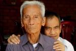 Video: Cha Huỳnh Văn Nén đổ bệnh khi bị con trai kiện, đòi bồi thường hơn 10 tỷ đồng