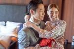 Trinh Gia Dinh hon Hoa hau Hong Kong Tran Khai Lam ngot ngao trong le cuoi hinh anh 2