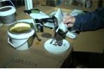 Hà Nội: Bắt 4 tấn hương liệu phụ gia pha chế trà sữa không rõ nguồn gốc