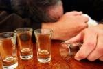 Bộ Y tế bày cách phòng ngừa ngộ độc rượu trong dịp Tết