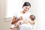 Tổng giám đốc WHO: 'Sữa mẹ hoạt động như loại vắc xin đầu tiên khi trẻ ra đời'