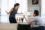 Bức xúc vì nhà chồng keo kiệt, cô gái đòi ly hôn, về nhà bố mẹ đẻ