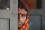 Câu chuyện đau lòng về những cuộc hôn nhân địa ngục của các cô dâu trẻ Ấn Độ