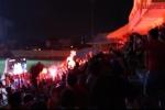 Video: Sân Hàng Đẫy nổ tung sau bàn thắng vàng của Văn Toàn