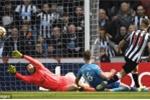 Kết quả Newcastle 2-1 Arsenal: Dồn sức đấu Cúp C2, Arsenal buông Ngoại Hạng Anh
