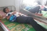 30 học sinh nhập viện sau khi ăn bữa tối ở trường