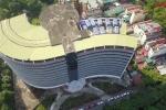 Video: Toàn cảnh bệnh viện quốc tế hơn 1000 tỷ đồng bỏ hoang giữa khu đất vàng ở Hà Nội