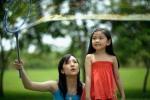 Trẻ tiểu học với khả năng quan sát