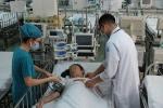 Ca phẫu thuật gay cấn cứu sống bé gái bị tắc mạch máu