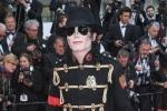 Thảm đỏ Cannes: Sao vô danh bắt chước Michael Jackson, Jessica Jung bên dàn mẫu hạng A hở bạo