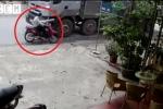 Xe tải tránh xe con, suýt tông xe máy đi ngược chiều