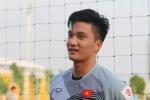 Thủ môn Olympic Việt Nam: 'So với Đặng Văn Lâm, Bùi Tiến Dũng, em chỉ đẹp trai hơn thôi'