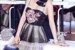 Ky Duyen - Angela Phuong Trinh xinh dep hut hon, Dieu Nhi mac loi thoi trang quen thuoc hinh anh 1