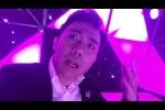 Video: Trấn Thành hát hò, nhảy múa tưng bừng mừng chiến thắng của U23 Việt Nam