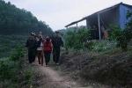 Đột kích sới bạc trên đỉnh núi, bắt gần 50 con bạc ở Hà Giang