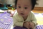 Cười té ghết với em bé có mái tóc dựng đứng 'bá đạo nhất Vịnh Bắc Bộ'
