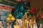 Bí ẩn pho tượng đá quý màu đen trong ngôi chùa cổ ở Đồng Nai