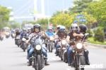 Ảnh: MC Anh Tuấn dẫn đầu đoàn Hà Nội hội tụ dàn mô tô khủng 3 miền