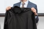 Kwon Sang Woo thich thu khi duoc tang ao dai Viet Nam hinh anh 3