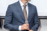 Kwon Sang Woo thich thu khi duoc tang ao dai Viet Nam hinh anh 5