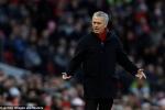 Bị Man City bỏ xa 12 điểm, Mourinho đòi MU chi thêm tiền