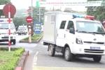 Video: Cận cảnh đoàn xe đặc chủng chở bị cáo đến phiên tòa xét xử ông Phan Văn Vĩnh