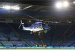 Anh: Hien truong truc thang cua chu tich Leicester City roi ngoai san van dong hinh anh 7